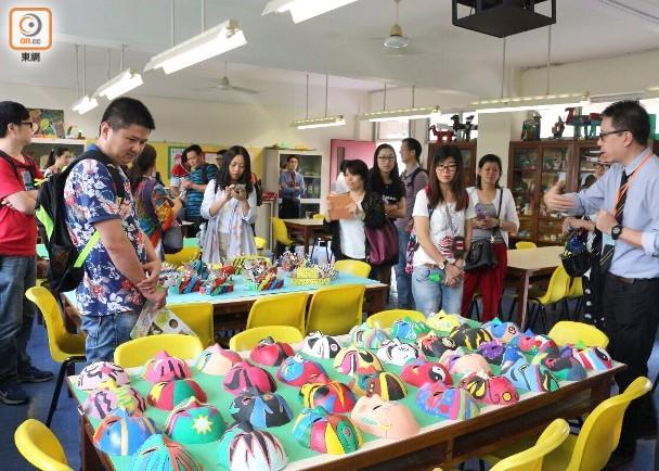 荃湾商会学校先后三次举办开放日,并通知珠海家长到校参观。(图源:香港东网)