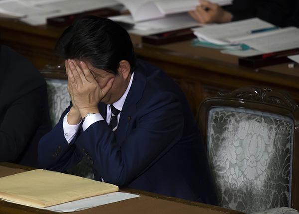 日本共同社发布民调结果:安倍政府不支持率超过支持率