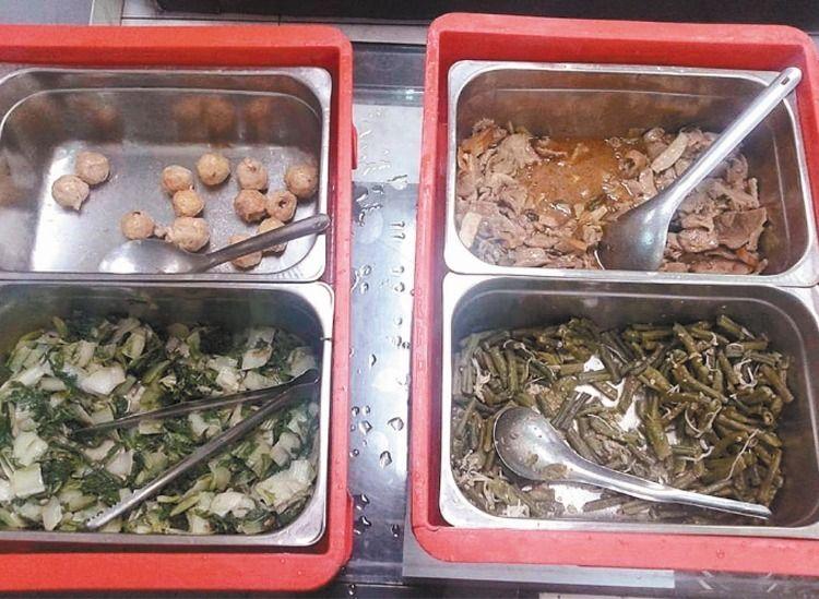 台湾学校里营养午餐菜色欠佳(图片来源:联合新闻网)