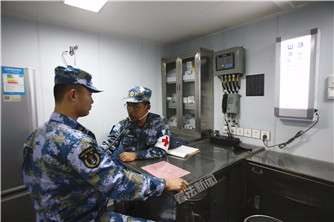 医疗区由X光室、手术室、口腔治疗室等10余个舱室组成