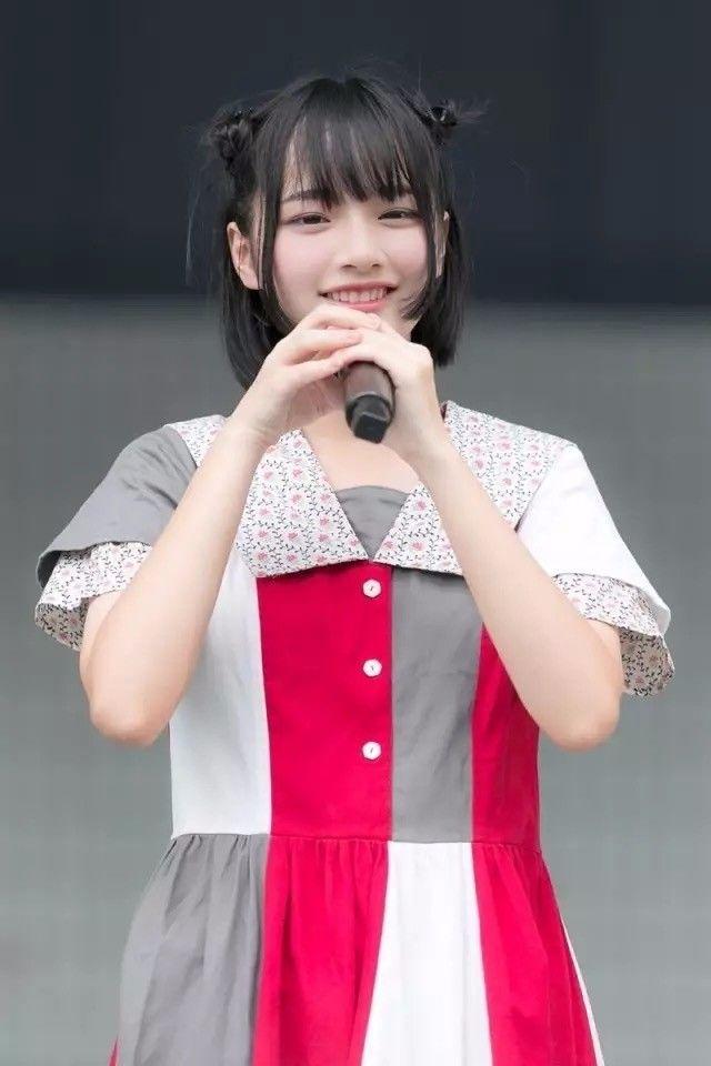 日本音乐节惊现比桥本环奈可爱的美少女,网友发现她竟然是中国妹子!