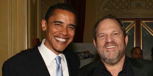 奥巴马与温斯坦的昔日合照,如今成了民主党挥之不去的噩梦。(美国雅虎新闻网站)