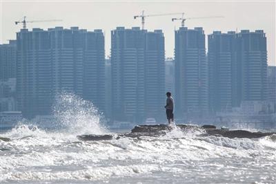 海南楼市调控不断加码,今年旺季难现火爆场景。图/视觉中国
