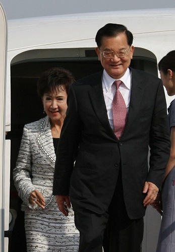 资料图:国民党前主席连战 新华社记者邢广利摄
