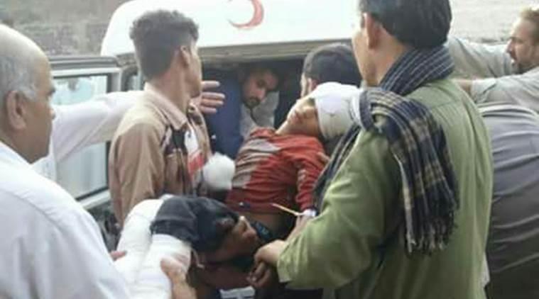 有3名巴基斯坦儿童在交火中受伤。(图片来源:《印度快报》)