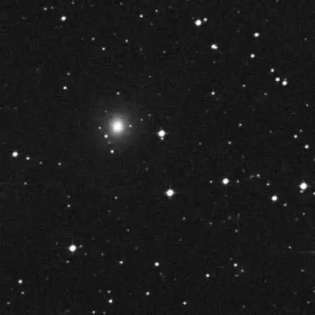 NGC 4993,来自斯隆巡天的档案数据(所以其中不包含这次事件的光学对应体)