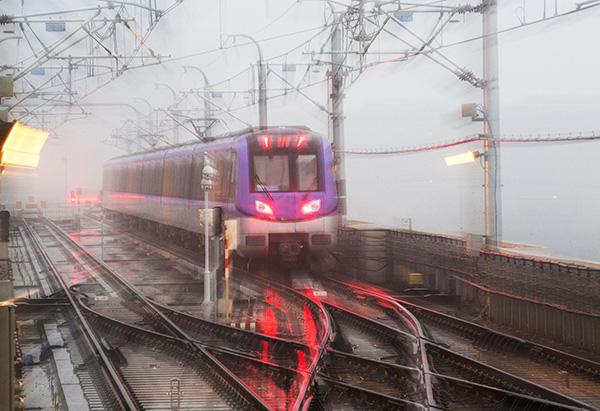 到2018年春节前,南京地铁的运营里程将达到348公里。视觉中国 资料图