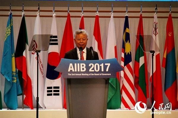 ▲资料图片:2017年6月16日,韩国济州,亚投行行长金立群在亚投行年会开幕式上致辞。