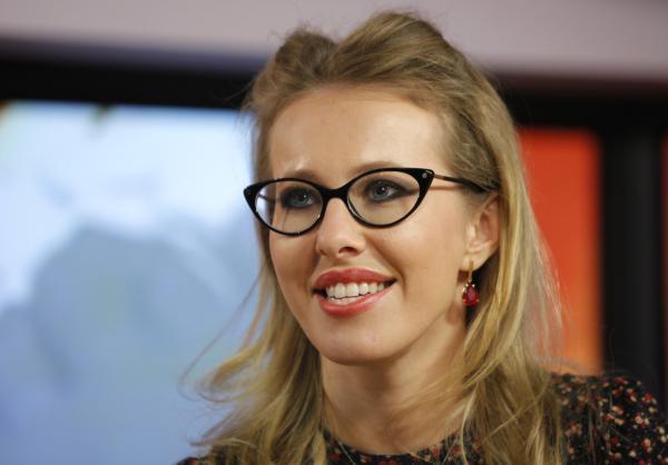 俄罗斯美女主持宣布竞选总统 其父系普京政界恩师