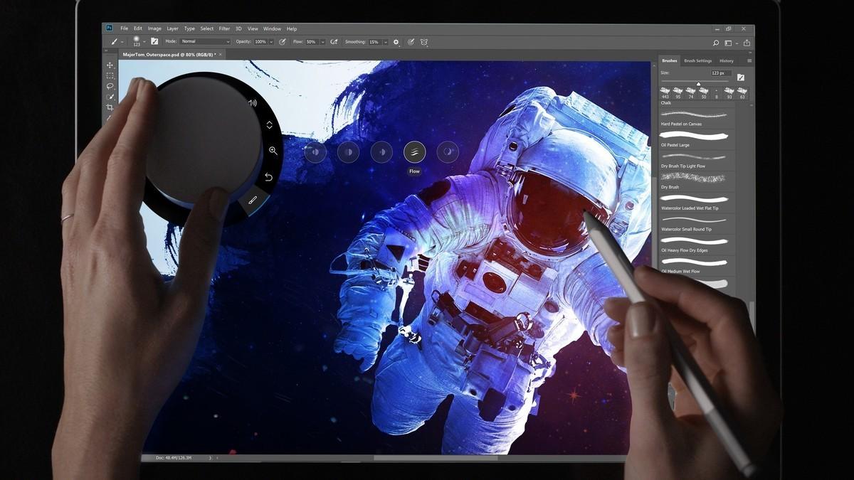 Adobe Photoshop开始全面支持创意配件Surface Dial