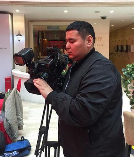 """哈萨克斯坦24kz电视台记者莫尔:""""一带一路""""倡"""