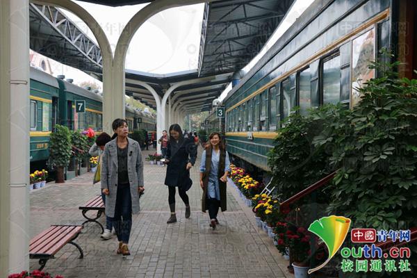 """图为""""火车餐厅""""外景。"""