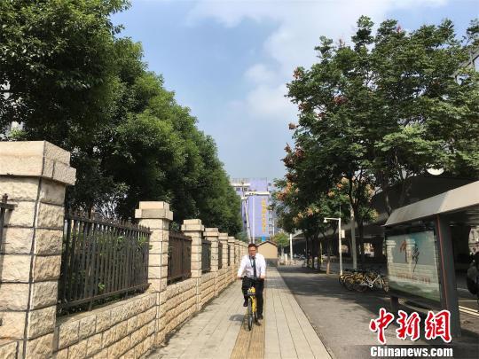 武汉20日迎来晴好天气 马芙蓉 摄