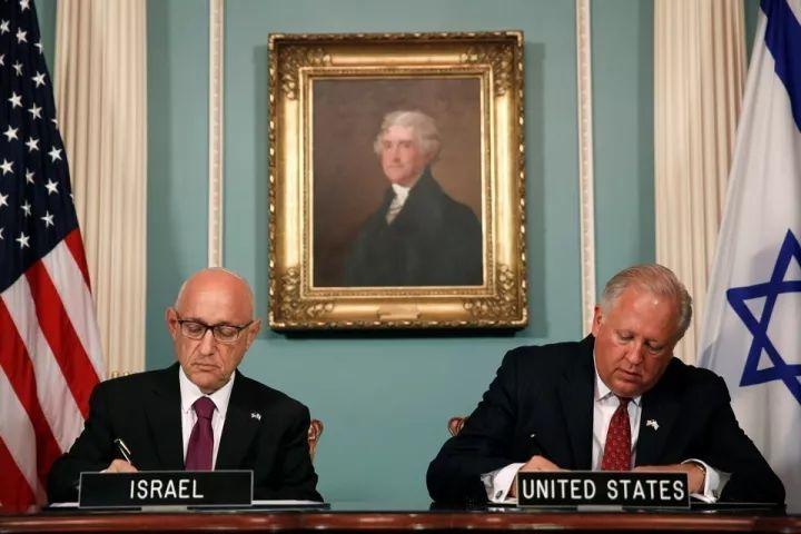 """▲资料图片:2016年9月14日,美国和以色列签署了一项新的10年军事援助协议,此协议被称为""""美国历史上最大数额的单笔双边军事援助""""。(路透社)"""