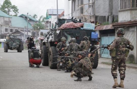 在马拉维市打击恐怖分子的菲律宾士兵(资料图)