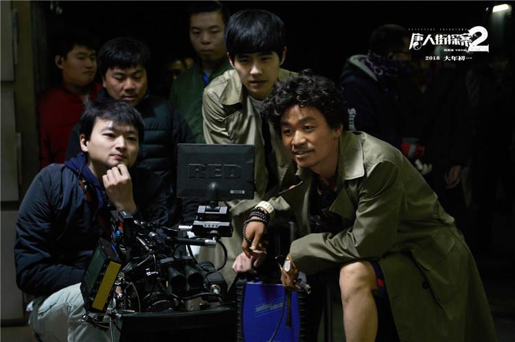 《唐探2》王宝强英语逆袭 刘昊然:他到处找人聊
