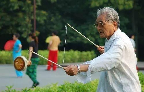 感悟中华文化 传承敬老美德