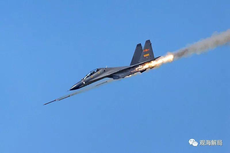 (苏-30战机)