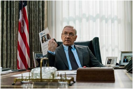 """史派西在《纸牌屋》中饰演""""木下总统(Underwood)"""""""