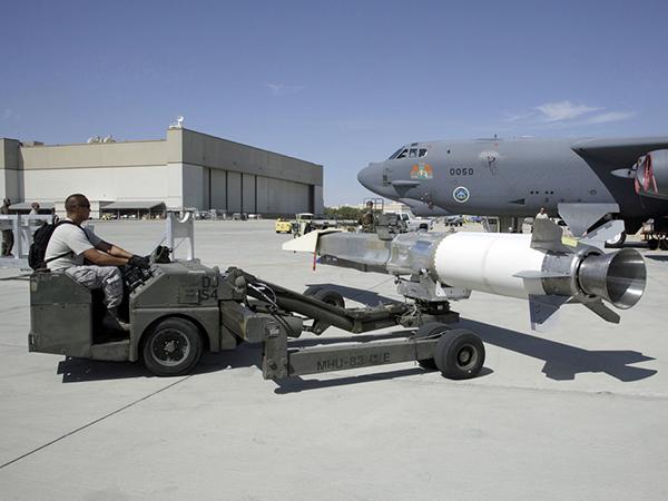 中美俄高超音速武器哪家强?美屡战屡败中国正赶超