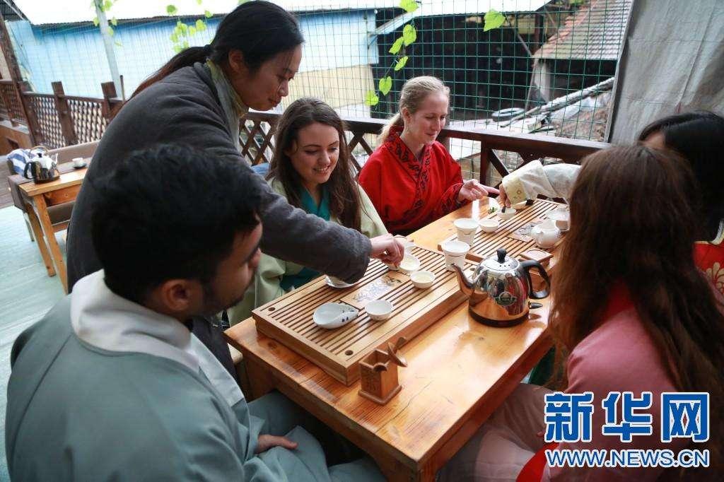 """要成为全球的留学中心,中国需要成为""""更加先进""""高等教育的提供者。"""
