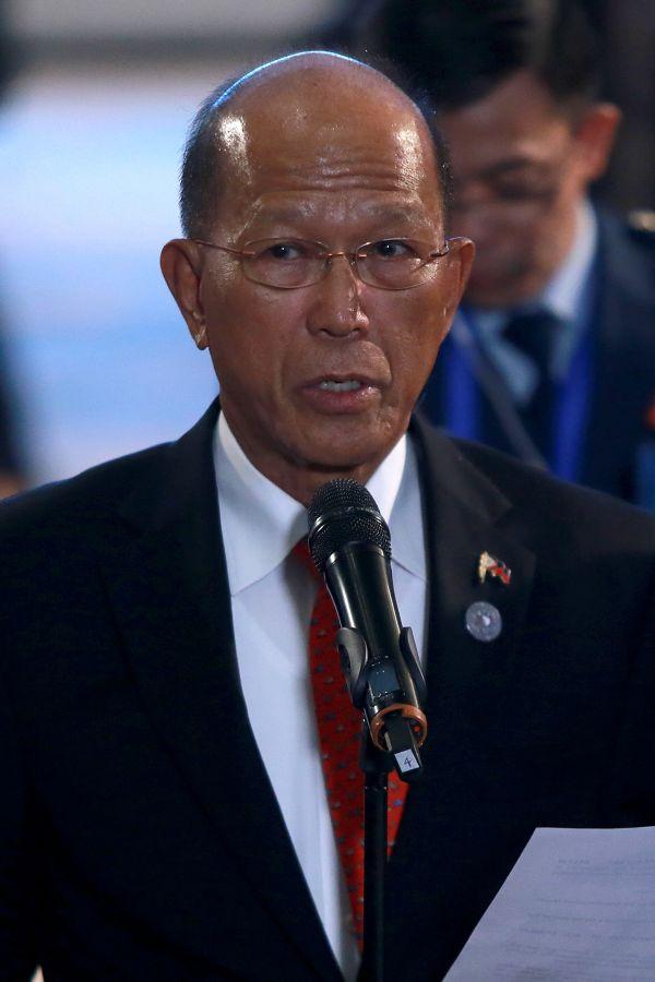 资料图片:菲律宾国防部长洛伦扎纳