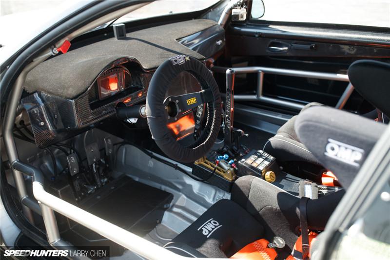 极其唬人的异形 - 全碳纤维 BMW E92