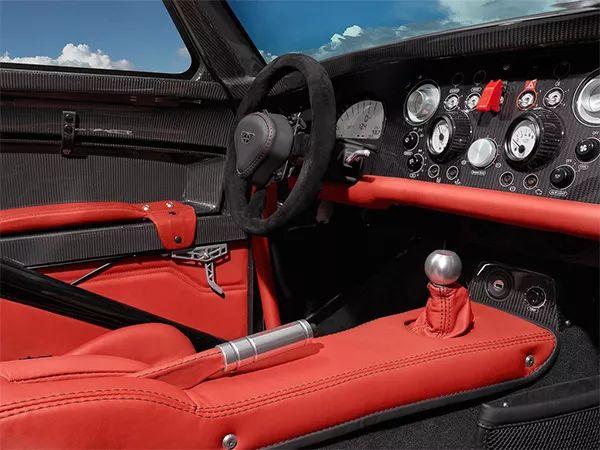 威兹曼Roadster