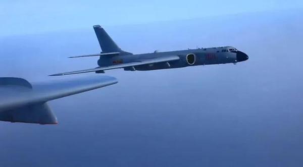 战神轰炸机。