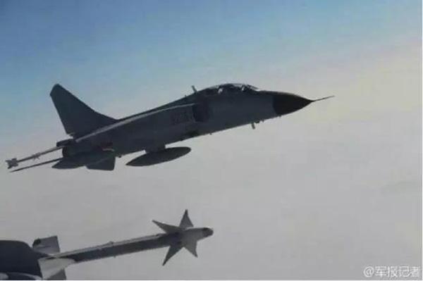 """""""飞豹""""战机。"""