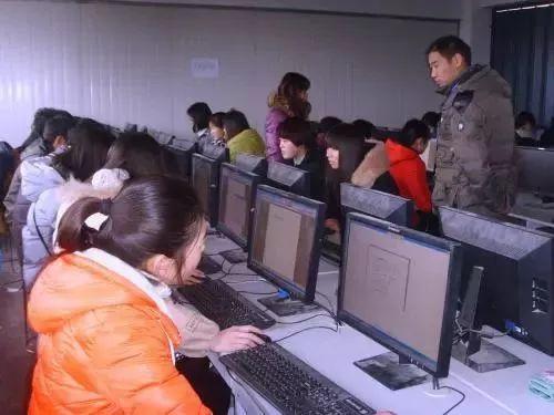 @攀枝花人,,四川打消21项职业资格门槛,这些证书都不必要再去考了!