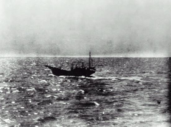 图6:发现美军舰队的日军日东丸23号警戒艇