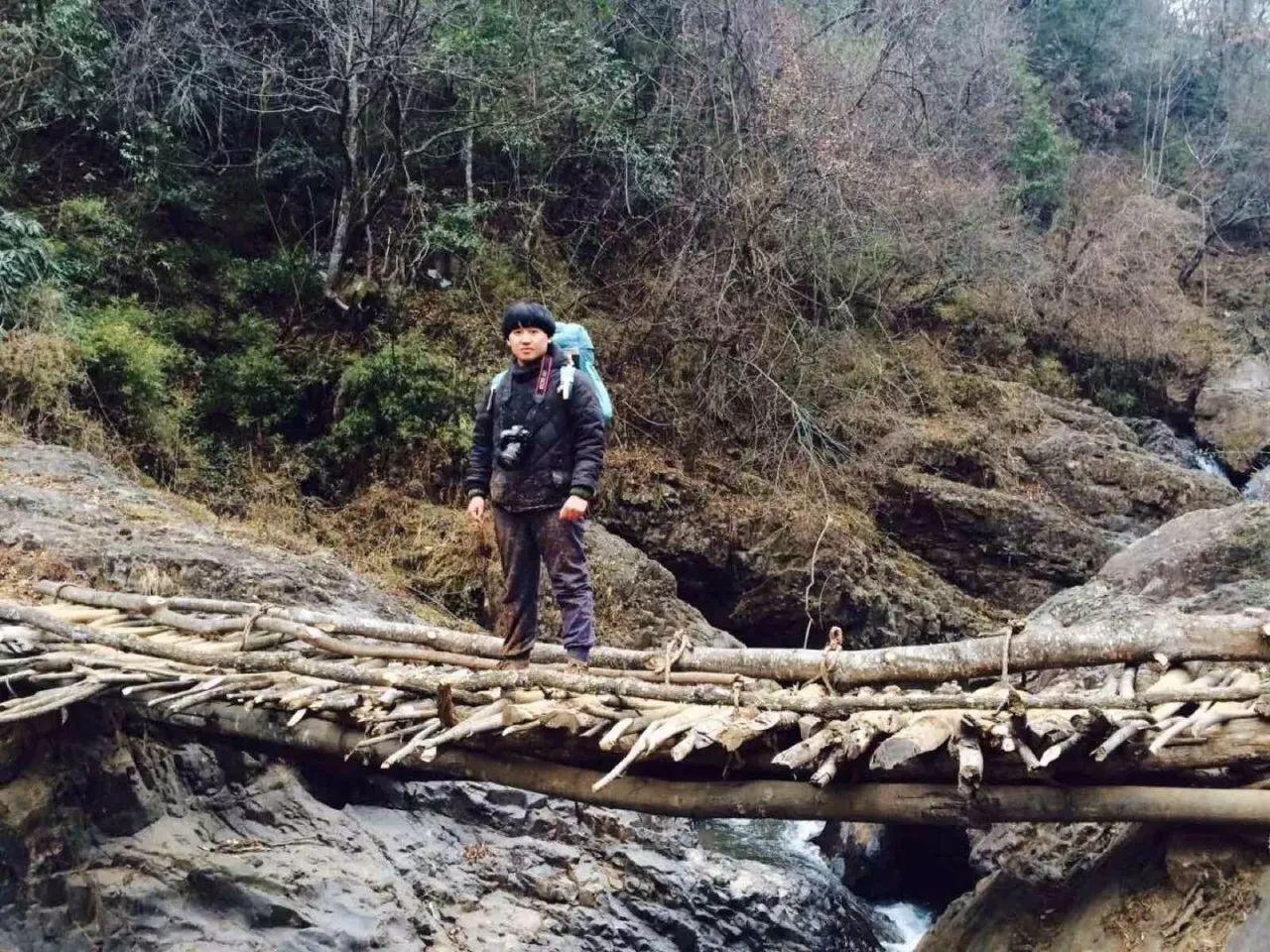 赵明。去年12月,刚毕业的他辞掉工作,前往缅北战场,成为一名战地摄影师。受访者供图