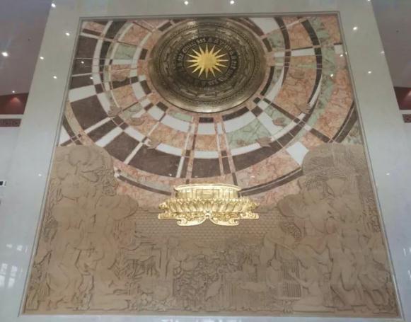 这是越中友谊宫大厅内的大型壁画。新华社记者 韩墨 摄