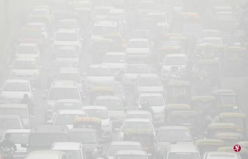 新媒:新德里空气污染已达危险水平 PM2.5超过1000微克