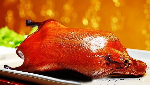 大董烤鸭试水北美市场意外走红 纽约店年内预订爆满