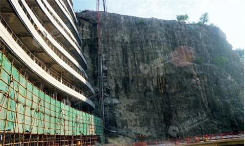 《经济周刊》记者拍摄世茂深坑酒店实景图
