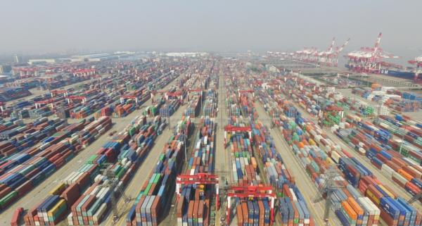 2017年3月9日,上海自贸区。 新华社 图
