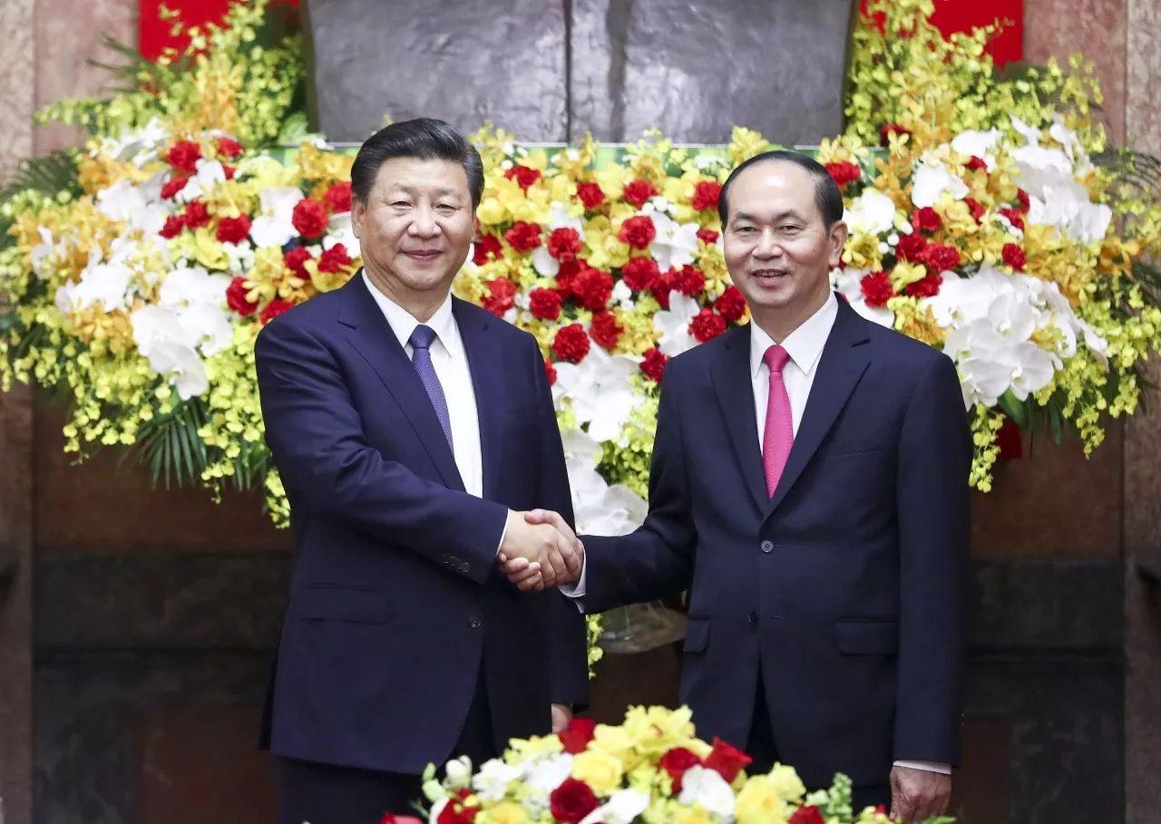 ▲11月13日,中共中央总书记、国家主席习近平在河内主席府同越南国家主席陈大光举行会谈。