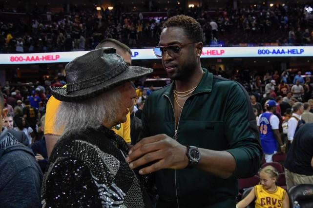 专访NBA最土豪球迷:看了59年总决赛 我就是历史