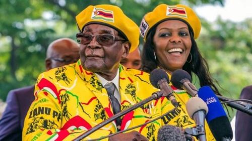 资料图:穆加贝支持妻子格雷丝担任副总统(法新社)