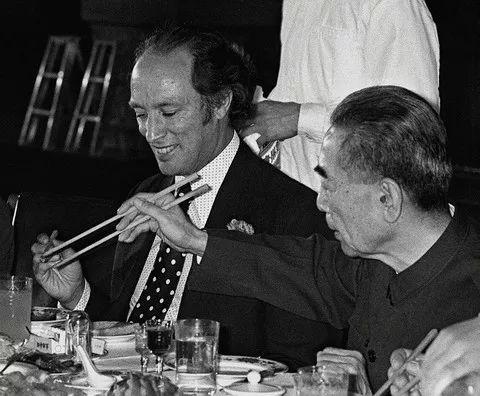 ▲资料图片:1973年10月10日,应中国政府邀请,时任加拿大总理皮埃尔<span class=