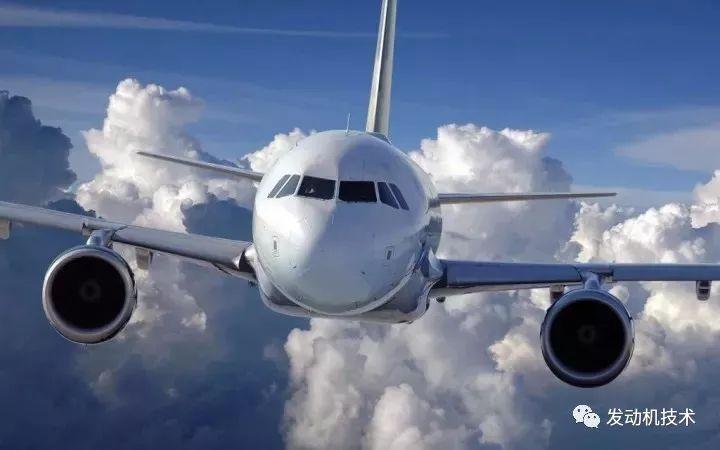 费多托夫将飞机的飞行高度突破到123532英尺 而在2004年另外一架飞机