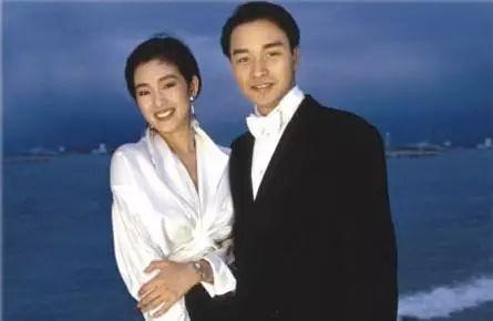 图:张国荣和巩俐1993年在蔚蓝海岸