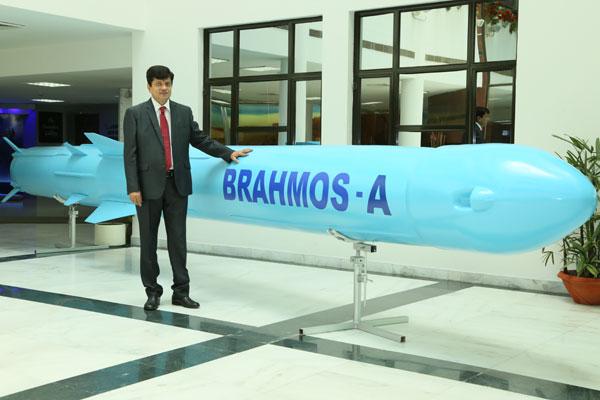 """为印度研制的""""布拉莫斯A""""导弹"""