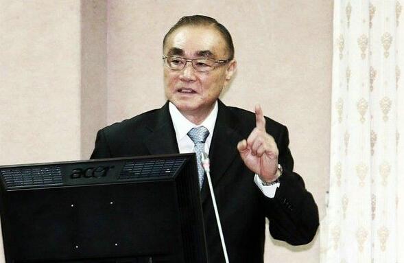 """台湾""""国防部长""""冯世宽"""