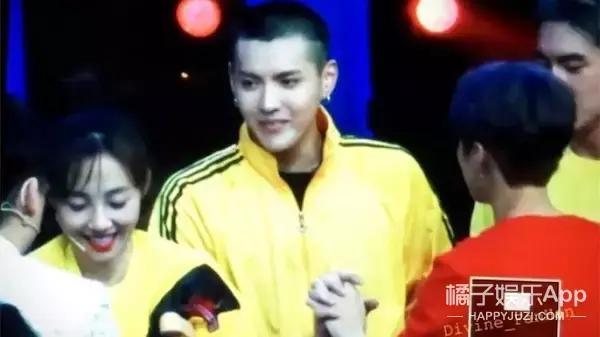吴亦凡和鹿晗回国后第三次同框,为他们的友谊疯狂打电话