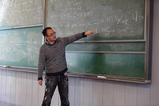 数学家许晨阳:为数学强国积淀土壤的年轻工匠