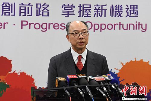 11月27日,香港特别行政区运输及房屋局局长陈帆在北京接受媒体采访。 中新社记者 崔楠 摄