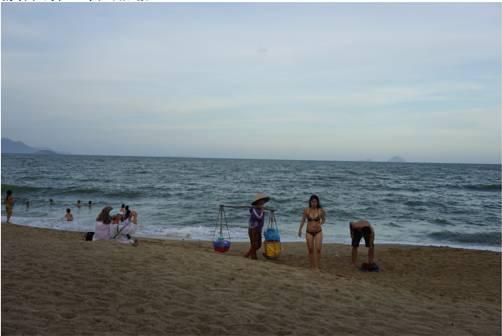 芽庄海滩风景。白云怡摄